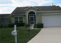 Whitewood Way, Clermont