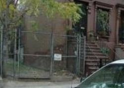 W 136th St, New York