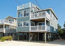E 37th St, Beach Haven