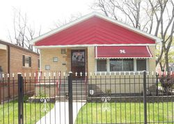 S Honore St, Chicago, IL Foreclosure Home
