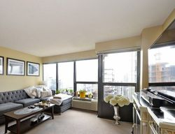 E Huron St Apt 2706, Chicago