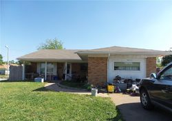 Nw 83rd St, Oklahoma City, OK Foreclosure Home