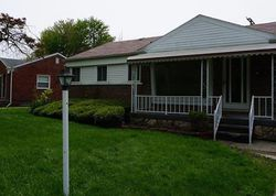 Central St, Inkster, MI Foreclosure Home