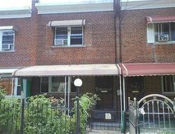 E 218th St, Bronx