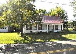 Main St, White Pine
