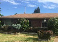 Blodgett Dr, Saint Louis, MO Foreclosure Home