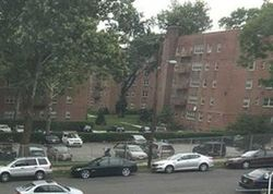 E 39th St Apt 2d, Paterson