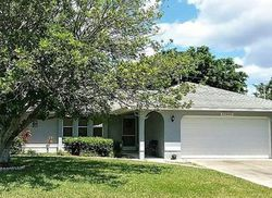 Se 10th Pl, Cape Coral