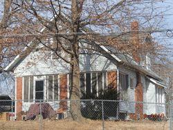 E 54th Ter, Kansas City, MO Foreclosure Home