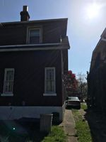 S 40th St, Louisville, KY Foreclosure Home