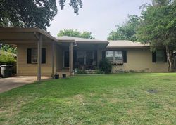 Nw Lincoln Ave, Lawton, OK Foreclosure Home