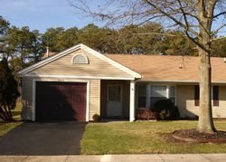 Llewellyn Pkwy, Forked River, NJ Foreclosure Home