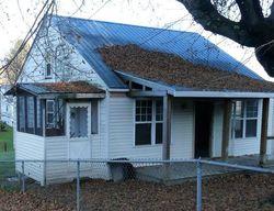 Veterans Ave, Oak Hill, WV Foreclosure Home
