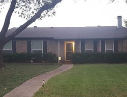 Edgemere Cir, Garland