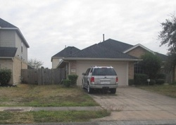 Waterlilly Ln, Pearland