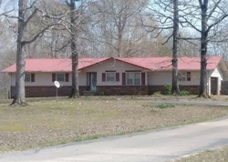 Harry Turpen Ln, Parsons, TN Foreclosure Home