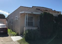 E 90th St, Los Angeles