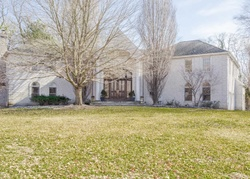 Round Hill Ct, Colts Neck