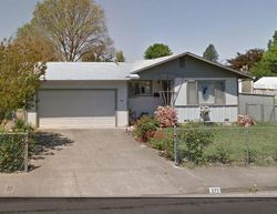 S Lenore Ave, Willits