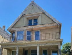 N 8th St # 35, Milwaukee, WI Foreclosure Home
