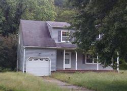 Peterson Ave, Smithfield