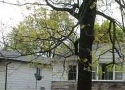 E 39th St, Indianapolis, IN Foreclosure Home