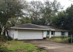 Se 44th Ave, Summerfield, FL Foreclosure Home